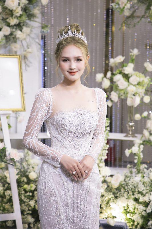 Váy cưới xoài non