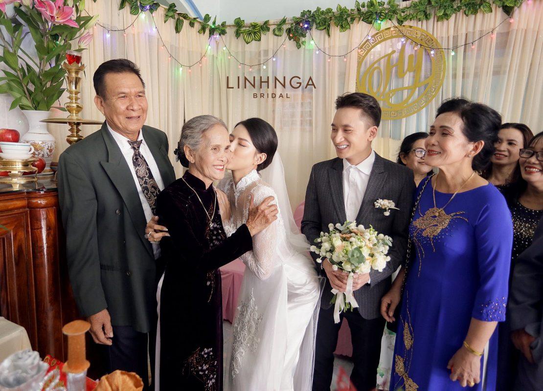 váy cưới vợ Phan Mạnh Quỳnh